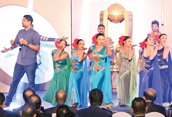 Iraj performing