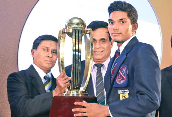 National award Best batsman. Avishka Fernando (St.Sebastian's, Moratuwa)