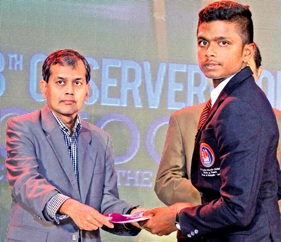 Division two Most Popular second runner-up Raveen Yasas of Devapathiraja College Ratgama