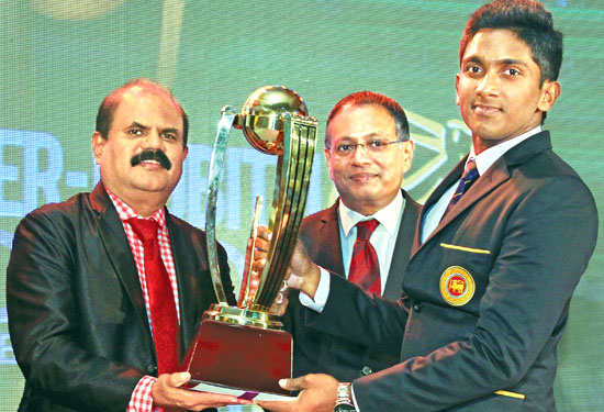 Salinda Ushan Perera (Isipathana College) Most Popular Schoolboy Cricketer Of The Year 2016
