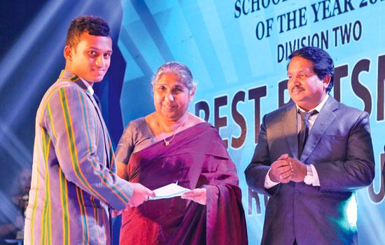 Best batsman Runner-UP Division 2 S.Wanninayake of St.Anne's College, Kurunegala