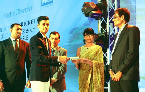 Division 3 Best Bowler Runner-Up Supun Ayeshan Perera of Loyala College, Negombo