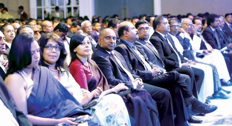Chief Guest Aravinda de Silva, his wife with officials from ANCL and other guests Dharisha Bastians (Editor in Chief Sunday Observer), Umar Rajamanthri (Director ANCL), P.G. Kumarasinghe (Chairman SLT, Mobitel), Krishantha Cooray (Chairman ANCL)and Nalin Perera (CEO Mobitel)